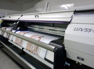 UJV55 320 Inkjet-Druckmaschine