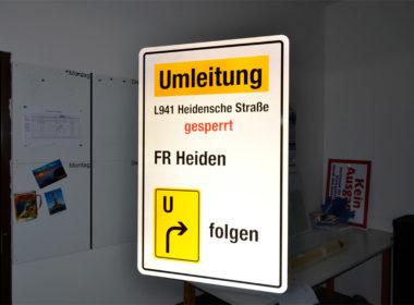 Verkehrs- u. Umleitungsschilder nach RUB 1992